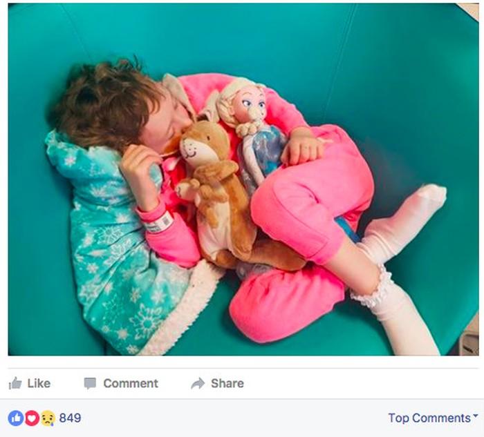 Andy Whelan adalah ayah dari seorang anak perempuan bernama Jessica Whelan yang mengidap kanker neuroblastoma stadium 4. Perjalanan Jessica melawan penyakit ia dokumentasikan sebagai cara meningkatkan kesadaran terhadap kanker pada anak. (Foto: Facebook / Jessica Whelan - A fight against Neuroblastoma)