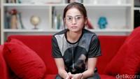 Acha Septriasa datang berkunjung ke kantor detikcom, di kawasan Warung Buncit, Jakarta Selatan belum lama ini.