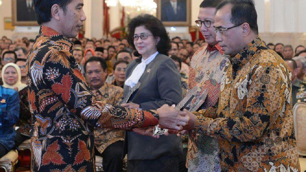 Jokowi: Pelayanan Publik Harus Berbenah