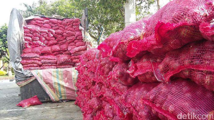 Bawang merah selundupan dari India, Foto: Jefris Santama/detikcom