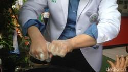 Balita bernama Dimas di Blitar meninggal usai imunisasi MR. Menurut dokter bukan imunisasi yang jadi penyebabnya melainkan karena gastroenteritis. Apa itu?