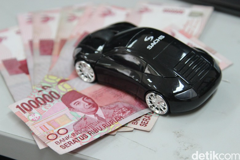 Ilustrasi pembelian mobil. Foto: dok detikOto