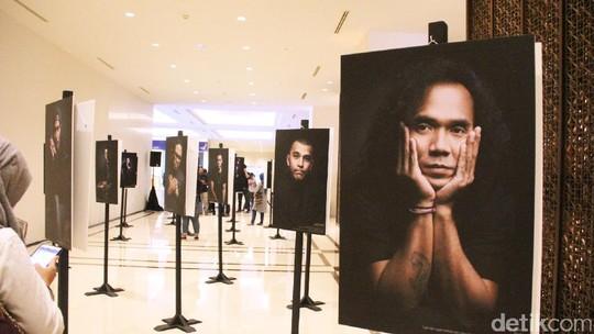 Potrait Para Publik Figur di Pameran Suara Hati Lelaki
