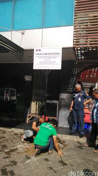 Cuci Uang Rp 550 M, Ruko Nazaruddin di Wijaya Grand Center Jaksel Dieksekusi