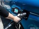Kenalkan Mobil Listrik, Toyota Ikut Gandeng Akademisi