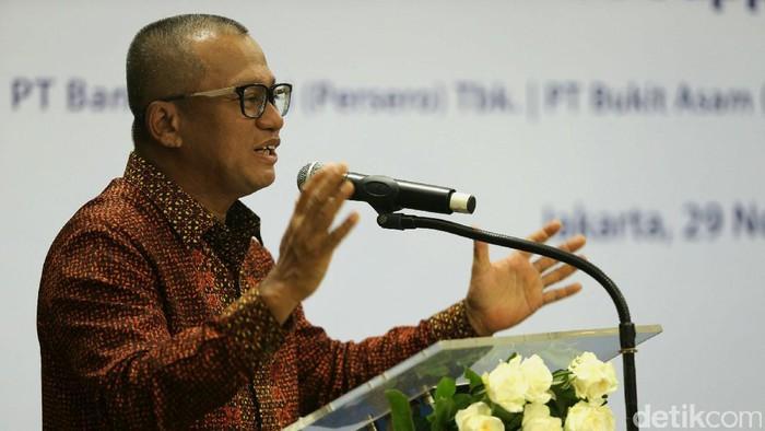 Bank Mandiri menyalurkan pembiayaan Rp 1,7 triliun dan US$ 230 juta kepada Bukit Asam untuk membantu membiayai pengembangan bisnis. Perjanjian kerja sama digelar di Jakarta.
