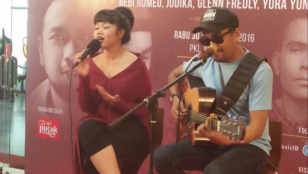 Lirik dan Chord Gitar Lagu Cinta dan Rahasia dari Yura Yunita dan Glenn Fredly