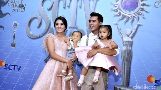 Happy Family, Ricky Harun dan Herfiza
