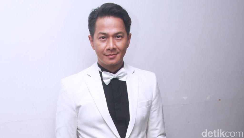 Ditawari Nyaleg, Delon Thamrin Mulai Tertarik Masuk Politik