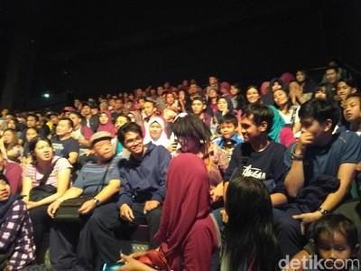 Jeng Kelin yang Mengocok Perut di Trans Studio Bandung