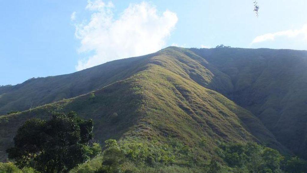 Sejarah Peradaban Desa Sembalun di Kaki Gunung Rinjani
