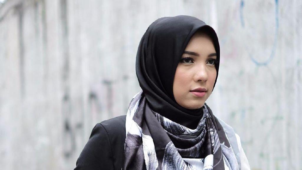 Jilbab Segi Empat Jadi Tren Lebaran di 2017
