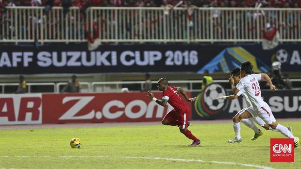Boaz Solossa berpeluang kembali memperkuat Timnas Indonesia.