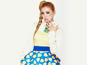 Terungkap! Wajah Asli 9 Idola K-Pop yang Berubah karena Operasi Plastik
