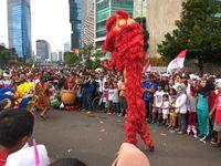 Atribut Partai Hiasi Parade Bhinneka Tunggal Ika di CFD