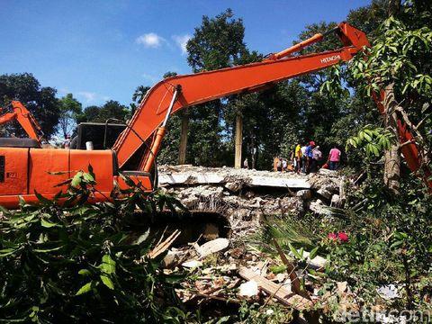 Evakuasi di Lueng Putu, Pidie Jaya, Aceh