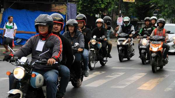 Yuk, Intip Perjalanan DMasiv Tampil di 50 Tempat dalam Sehari