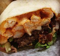 Uniknya Kombinasi Burger dan Burrito dalam Burgrito