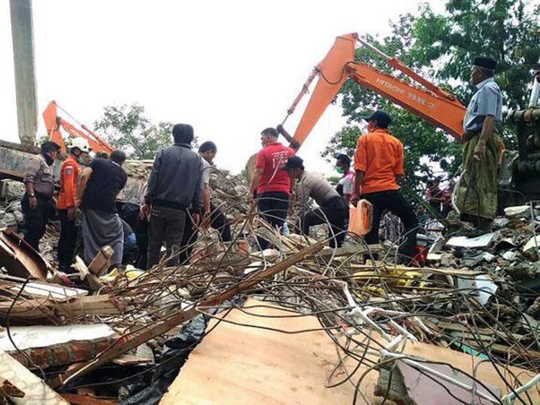 Tinjau Lokasi Gempa, Kapolda Aceh: Yang Terparah di Ulee Glee dan Meureudu