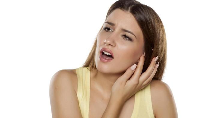 Ada cara khusus mengeluarkan serangga dalam telinga. Foto: Thinkstock