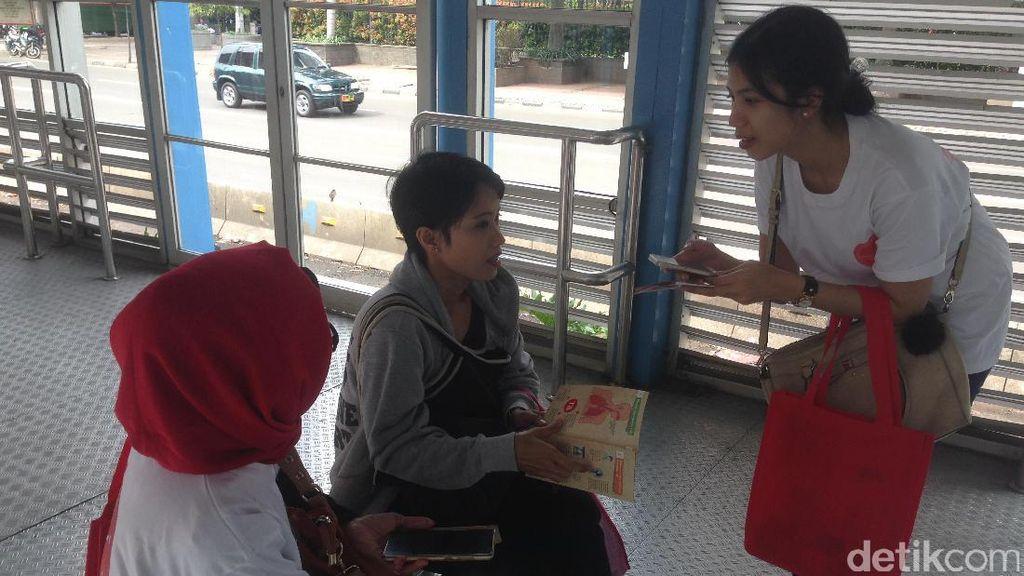 Begini Jadinya Kalau Ada Edukasi Tuberkulosis di Halte TransJakarta