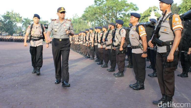 Kapolda Sumut Lepas Tim Satgas Bantu Korban Gempa Aceh