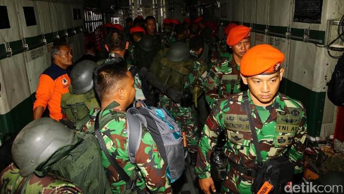 1 Kompi pasukan paskhas TNI Angkatan Udara yang terdiri dari pasukan medis dan tanggap SAR kembali dikirim ke Aceh untuk membantu korban gempa.