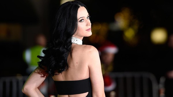 Makin Meriah! Katy Perry Bakal Manggung di Grammy 2017