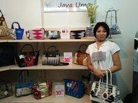Wanita Ini Produksi Tas Kombinasi Batik yang Jadi Langganan Hotel Bintang 5