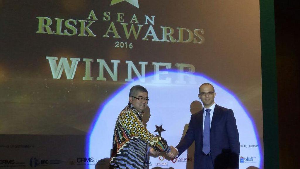 BPJS Ketenagakerjaan Raih Penghargaan ASEAN Risk Awards 2016