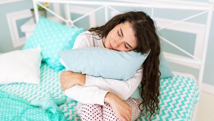 Punya kebiasaan tidur berjalan, seorang wanita sampai beli lapangan basket. Foto: ilustrasi/thinkstock