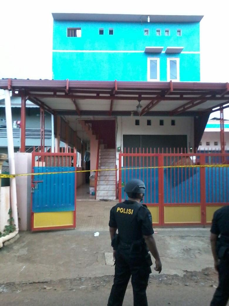 Rencananya Bom Milik Perempuan di Bekasi akan Diledakkan di Istana Negara
