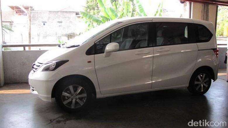 Honda Freed (Foto: Dadan Kuswaraharja)