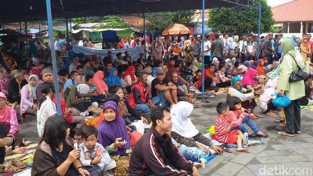 Keraton Yogyakarta Gelar Grebeg Maulud, Warga Rela Menginap dari Semalam