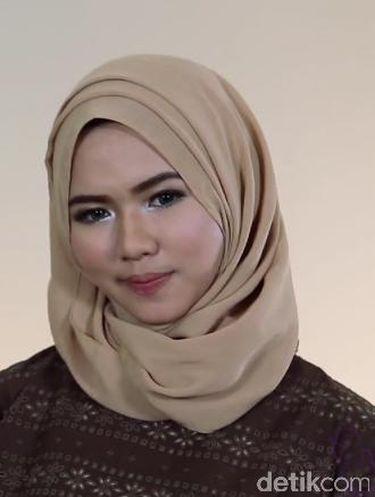 Tutorial Hijab Pashmina untuk Wanita yang Baru Mulai Pakai Jilbab