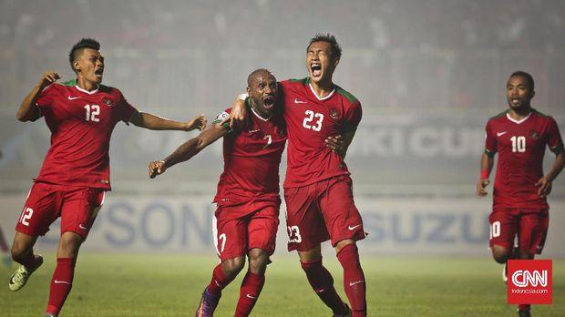 Hansamu Yama (kedua dari kanan) juga tidak masuk dalam daftar pemain Indonesia melawan Kamboja.