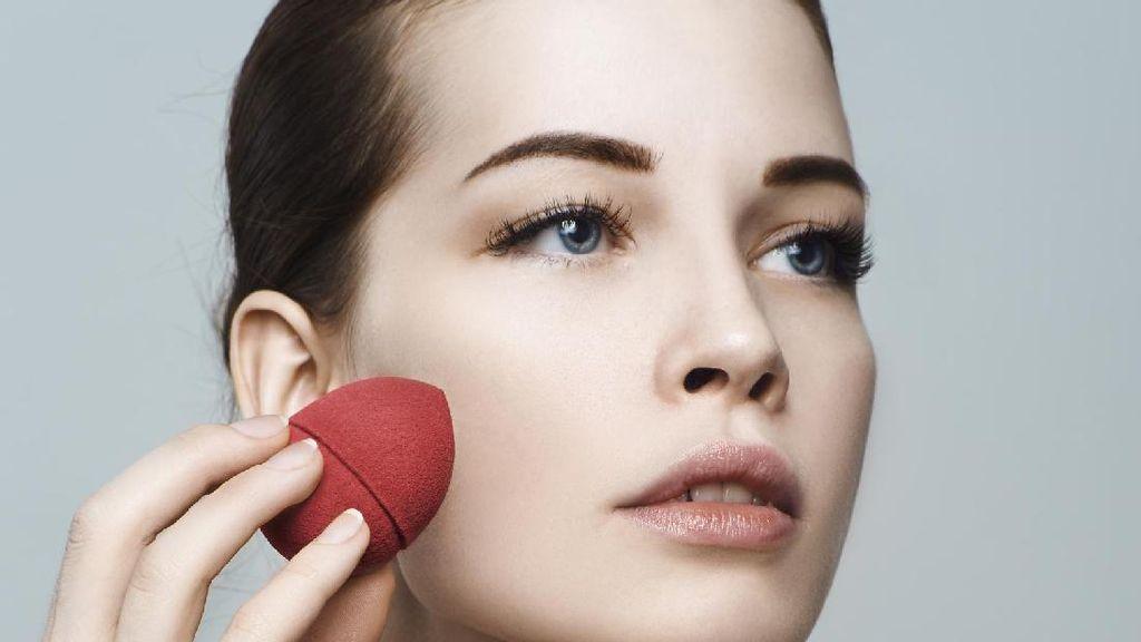 Makeup Artist Anpa Suha Rilis Buku untuk Belajar Makeup Sendiri di Rumah