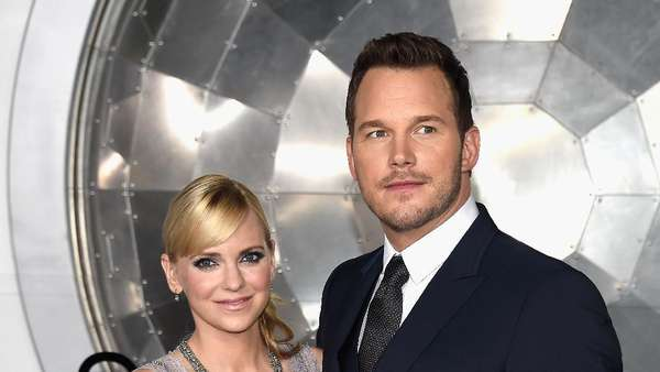 Lovely Couple! Mesranya Chris Pratt dan Anna Faris