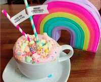Hot Chocolate Warna-warni Unicorn yang Cantik Ini Sedang Digemari