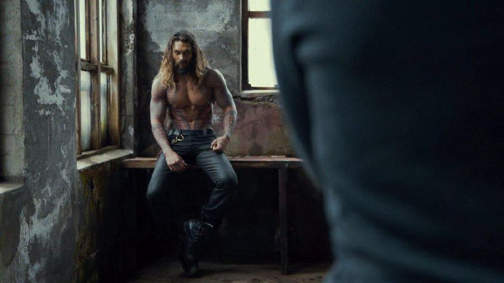 Badan Kekar Jason Momoa Aquaman si Master Climbing