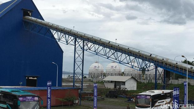 Pabrik semen dan terminal LPG Bosowa di Banyuwangi