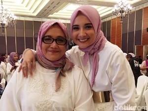 Ucapkan Terima Kasih Kepada Ibu, Zaskia Sungkar Hingga Raline Shah Menangis