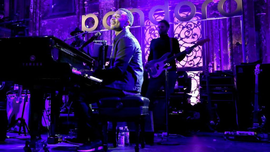 John Legend Nilai Kebijakan Imigrasi Trump Berdampak ke Dunia Musik