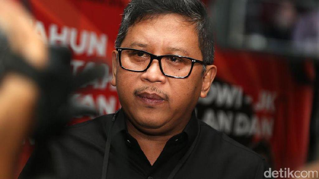 Hasto Buka Beasiswa Perbandingan Kepemimpinan SBY dan Jokowi