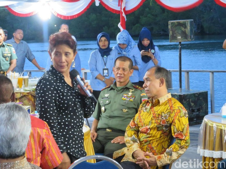 Tebar Benih Ikan, Menteri Susi Dukung Program Emas Biru Kodam Pattimura