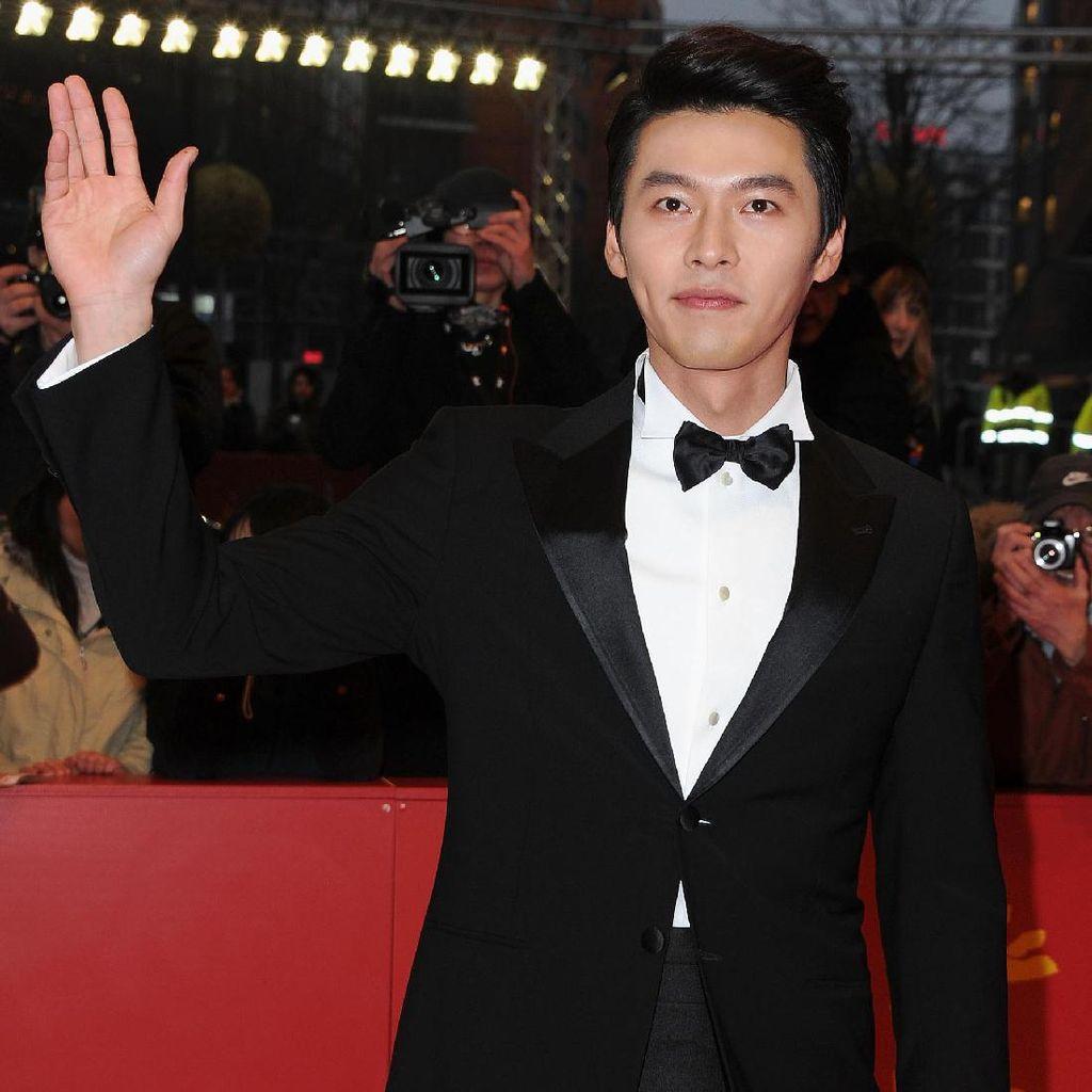Hyun Bin Kembali Bantah Rumor Pacari Son Ye Jin