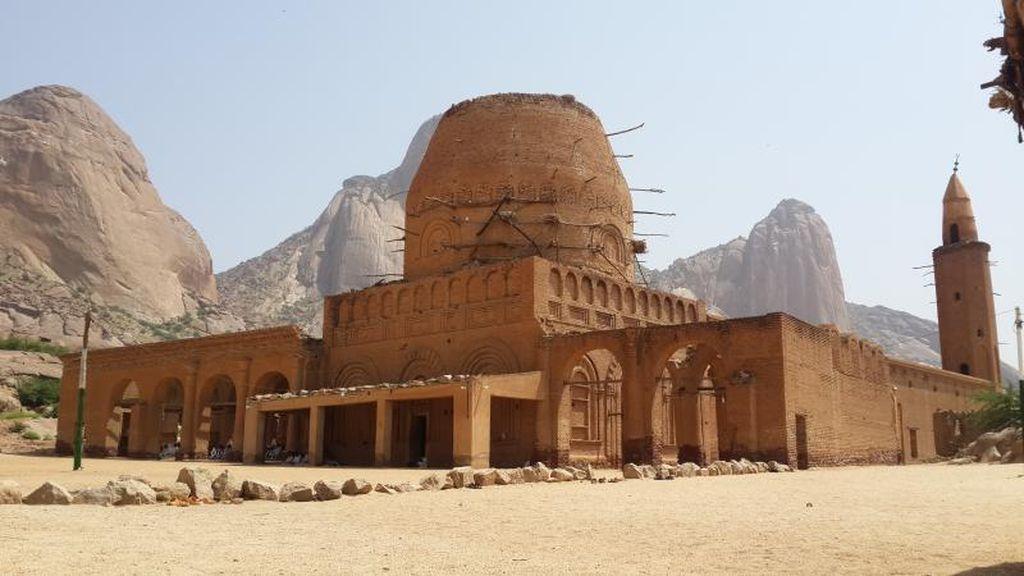 Petualangan Sufi ke Negeri Sudan