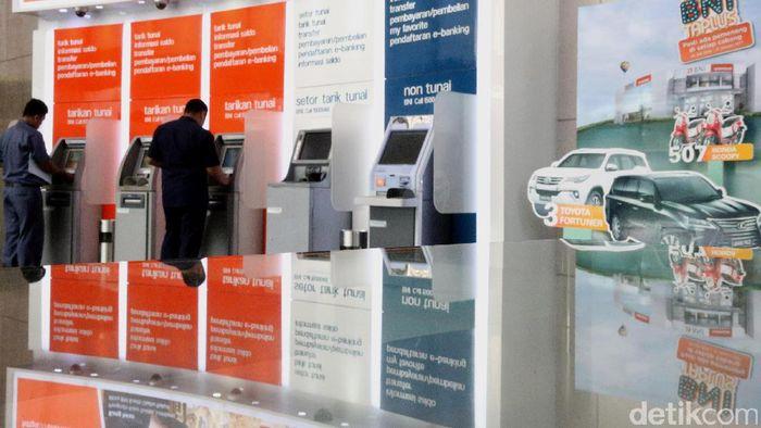 ATM Bank/Foto: Ari Saputra