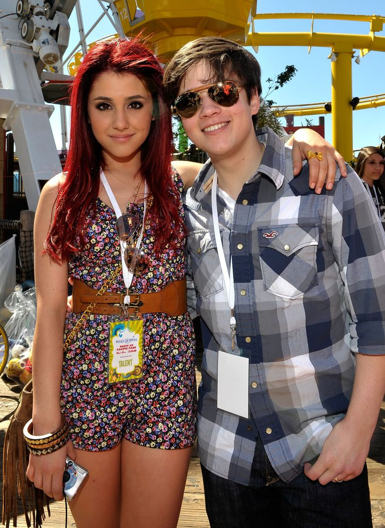 Ariana pada tahun 2010 lalu, kala masih berusia 17 tahun bersama Nathan Kress di suatu acara di California, AS. Charley Gallay/Getty Images for Kevin & Steffiana James/detikFoto.