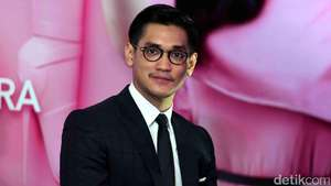 Keseruan Afgan SIDES IN SINGAPORE